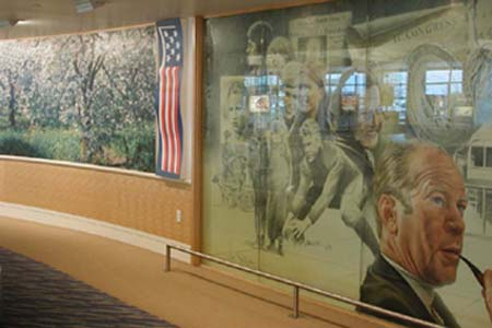 Gerald-Ford-Airport.jpg