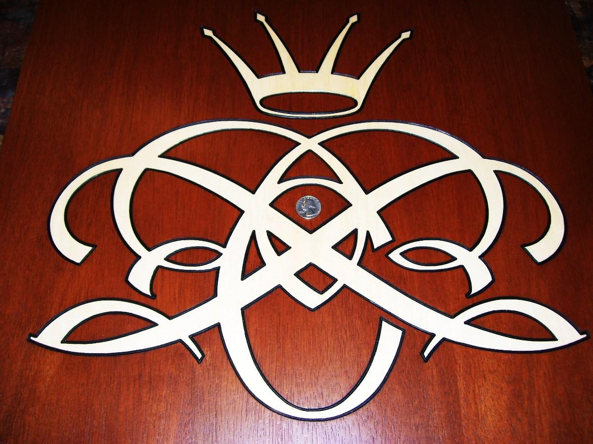 Crest.jpg
